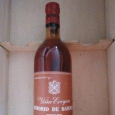 Coleccionismo de vinos y licores: VIÑA ECOYEN SEÑORIO DE SARRIÁ ROSADO AÑOS 70. Lote 195532317