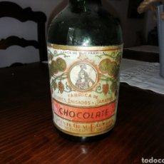 Coleccionismo de vinos y licores: ANTIGUA BOTELLA FÁBRICA DE LICORES, ANISADOS Y JARABES. CHOCOLATE, VICENTE GRAU BARBERA.. Lote 195533591