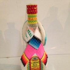 Coleccionismo de vinos y licores: BOTELLA GRAN TEQUILA CAMINO REAL. ANTIGUA. Lote 195916061