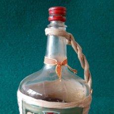 Coleccionismo de vinos y licores: PEQUEÑA GARRAFA DE RATAFIA BOSCH. Lote 196641016
