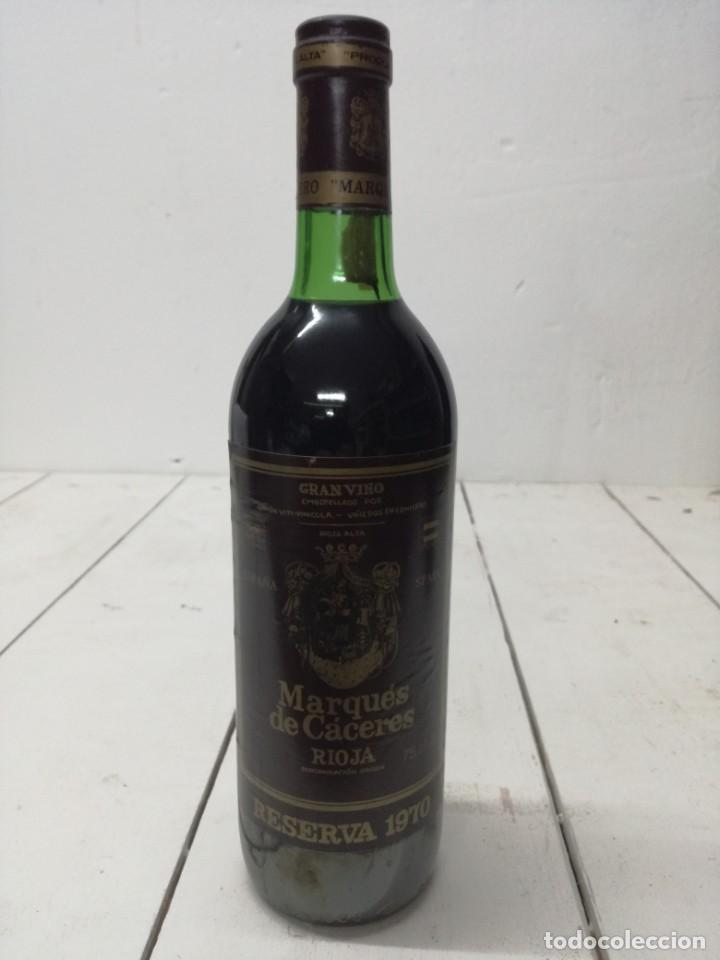 Coleccionismo de vinos y licores: VINO RIOJA MARQUES DE CACERES RESERVA 1970 CENICERO - Foto 2 - 196904622
