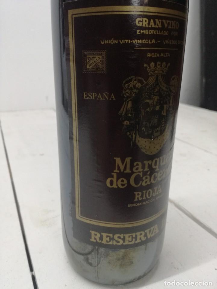 Coleccionismo de vinos y licores: VINO RIOJA MARQUES DE CACERES RESERVA 1970 CENICERO - Foto 5 - 196904622