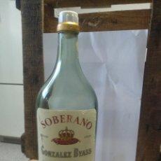 Coleccionismo de vinos y licores: BOTELLA BRANDY SOBERANO GONZÁLEZ BYASS. Lote 197758203