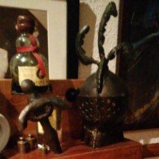 Coleccionismo de vinos y licores: ESPOSITOR DE BRANDY DUQUE DE ALBA DE RUIZ MATEO. Lote 198483682