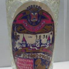 Coleccionismo de vinos y licores: BOTELLA DE ANIS RICARDO MENOR CASI LLENA NUMERADA DIFICILISIMA . Lote 199384760