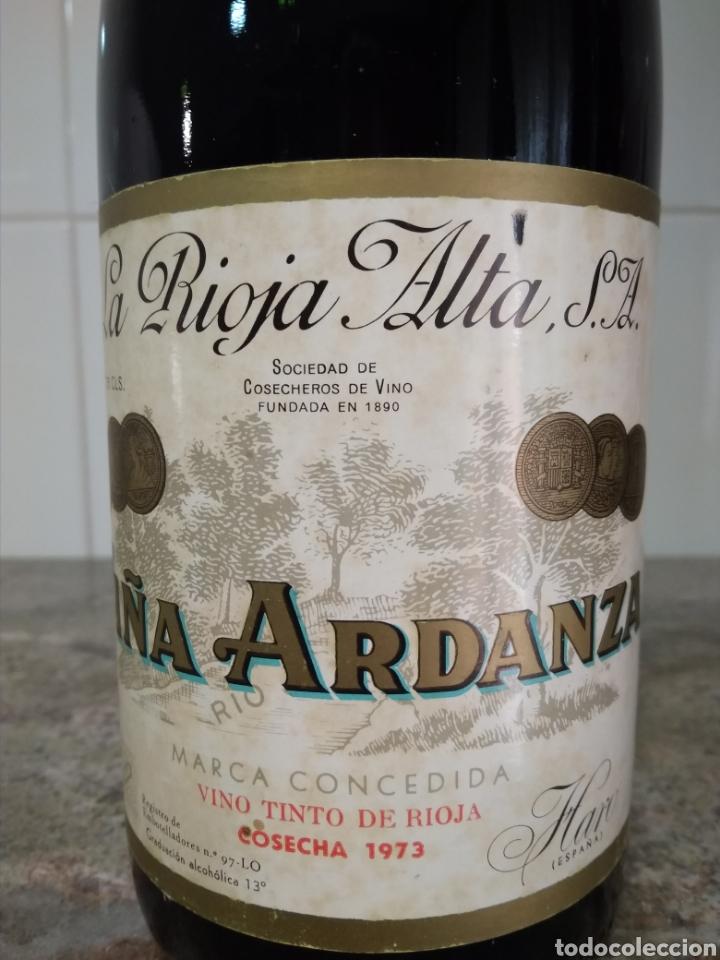 Coleccionismo de vinos y licores: Viña Ardanza Reserva 1973. Bodegas La Rioja Alta. Haro. Botella de vino. - Foto 2 - 161322497