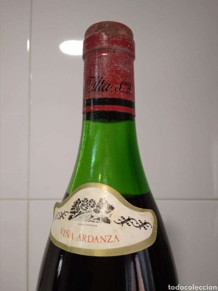 Coleccionismo de vinos y licores: Viña Ardanza Reserva 1973. Bodegas La Rioja Alta. Haro. Botella de vino. - Foto 3 - 161322497