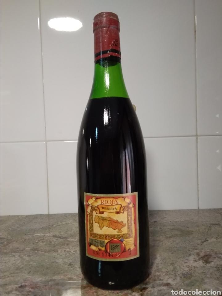 Coleccionismo de vinos y licores: Viña Ardanza Reserva 1973. Bodegas La Rioja Alta. Haro. Botella de vino. - Foto 4 - 161322497