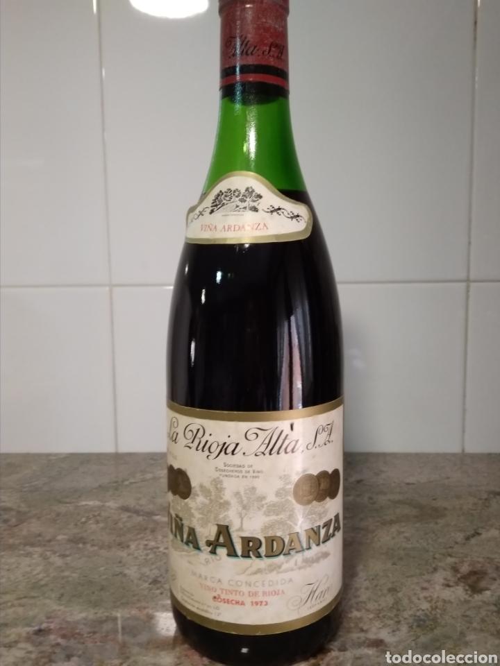 VIÑA ARDANZA RESERVA 1973. BODEGAS LA RIOJA ALTA. HARO. BOTELLA DE VINO. (Coleccionismo - Botellas y Bebidas - Vinos, Licores y Aguardientes)
