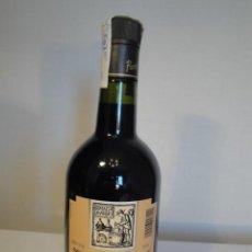 Coleccionismo de vinos y licores: RATAFIA RUSSET. BOTELLA LICOR MEDICINAL Y DIGESTIVO. NUEVA, SIN ABRIR Y CON PRECINTO IMPUESTOS.. Lote 202788212