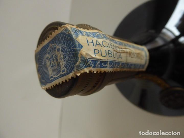 Coleccionismo de vinos y licores: ANTIGUA BOTELLA DE COGNAC X.O. DE GONZALEZ BYASS - Foto 5 - 48587108
