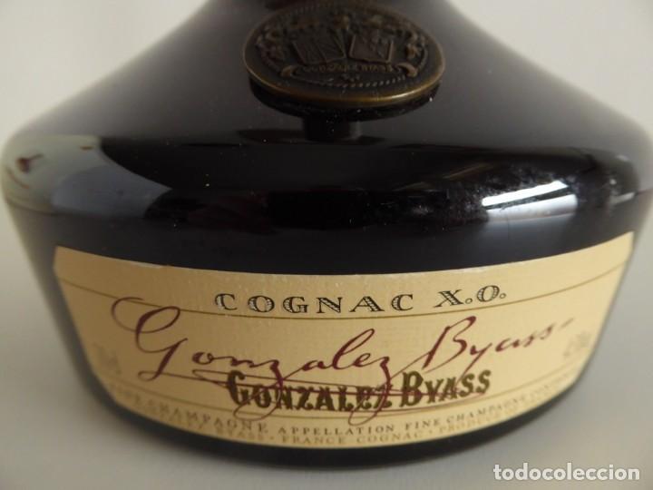 Coleccionismo de vinos y licores: ANTIGUA BOTELLA DE COGNAC X.O. DE GONZALEZ BYASS - Foto 6 - 48587108