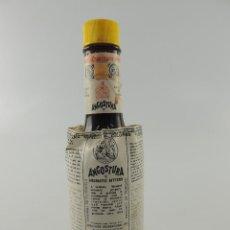 Coleccionismo de vinos y licores: BOTELLA DE ANGOSTURA AROMATIC BITTERS 200ML PRODUCT DE TRINIDAD. Lote 204657090