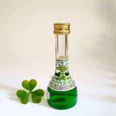 Coleccionismo de vinos y licores: BOTELLITA LICOR PEPPERMINT CHANTAL 10.4CM VIDRIO BOTELLIN MINI BOTELLA MINIATURA. Lote 206305576