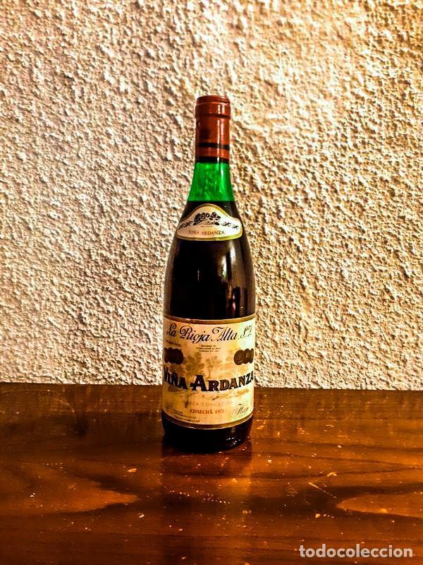 Coleccionismo de vinos y licores: VIÑA ARDANZA RESERVA 1973 - D.O. RIOJA - 4 Botellas - Foto 3 - 177017817