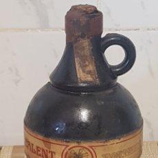 Coleccionismo de vinos y licores: BOTELLA CALENT DE DESTILERIAS XORIGUER SELLO DE OCHO PESETAS. Lote 206524175