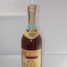 Coleccionismo de vinos y licores: BOTELLA VINTAGE BRANDY COÑAC COGNAC REY DE CASTILLA. Lote 207043967