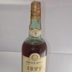 Coleccionismo de vinos y licores: BOTELLA VINTAGE BRANDY COÑAC COGNAC RESERVA 1877 WILLIAMS HUMBERT. Lote 207044058