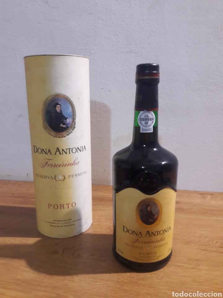 DONA ANTONIA PORTO (Coleccionismo - Botellas y Bebidas - Vinos, Licores y Aguardientes)