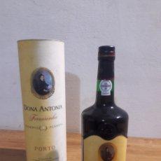 Coleccionismo de vinos y licores: DONA ANTONIA PORTO. Lote 207783240
