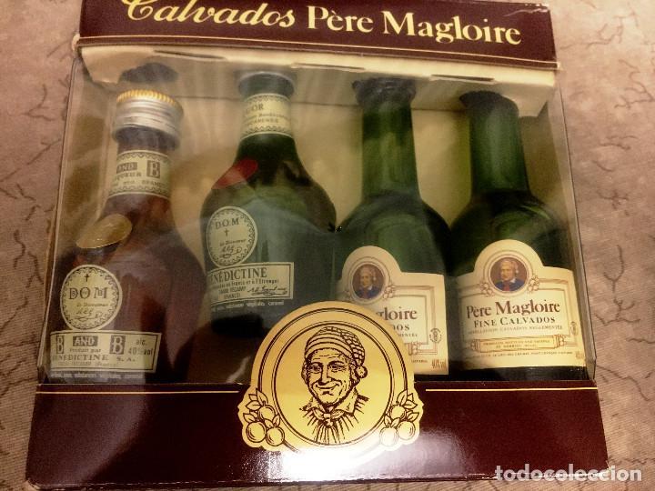 CALVADOS PERE MAGLOIRE- ESTUCHE DE 4 BOTELLINES- (Coleccionismo - Botellas y Bebidas - Vinos, Licores y Aguardientes)