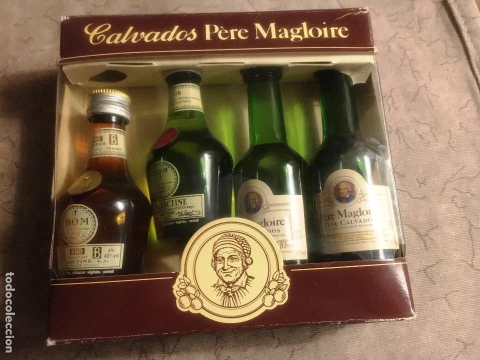 Coleccionismo de vinos y licores: CALVADOS PERE MAGLOIRE- ESTUCHE DE 4 botellines- - Foto 2 - 209728195