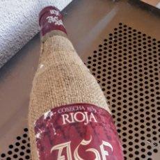 Coleccionismo de vinos y licores: BOTELLA DE VINO AGE RIOJA ( VACIA) COSECHA 1939.. Lote 212181098