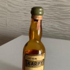 Coleccionismo de vinos y licores: LICOR KARPI. BOTELLÍN. RARÍSIMO. AMURRIO. Lote 212196503