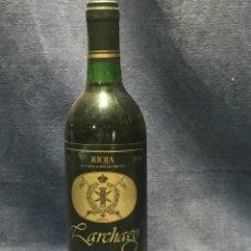 Coleccionismo de vinos y licores: BOTELLA RIOJA CRIANZA LARCHAGO LA PUEBLA DE LABARCA ALAVA 1986 75CL 12.5%VOL. Lote 213775040