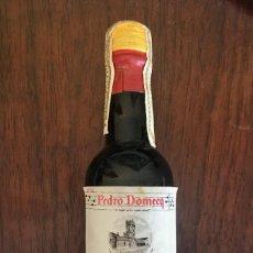 Coleccionismo de vinos y licores: BOTELLITA SHERRY LA RAZA GOLDEN - DOMECQ - PRECINTADA. Lote 214534953