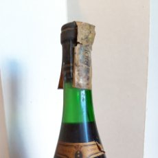 Coleccionismo de vinos y licores: BOTELLA VINO GRAN RESERVA ROJA CAMPO VIEJO 1961 PARA COLECCIÓN, NO CONSUMO.. Lote 217328416