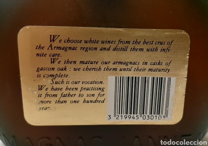 Coleccionismo de vinos y licores: ANTIGUA BOTELLA VERY OLD BRANDY NAPOLEON GRANDE FINE ARMAGNAC - Foto 2 - 218099776