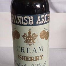 Coleccionismo de vinos y licores: BOTELLA CREAM SHERRY SPANISH ARCH JEREZ. Lote 218202705