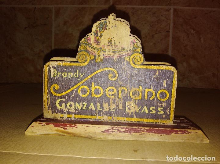 SERVILLETERO MADERA BAR BRANDY SOBERANO GONZALEZ BYASS JEREZ CADIZ (Coleccionismo - Botellas y Bebidas - Vinos, Licores y Aguardientes)
