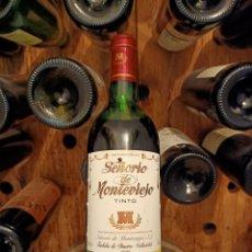 Coleccionismo de vinos y licores: VINO COLECCIÓN SEÑORÍO DE MONTEVIEJO TINTO 1986. Lote 218986073