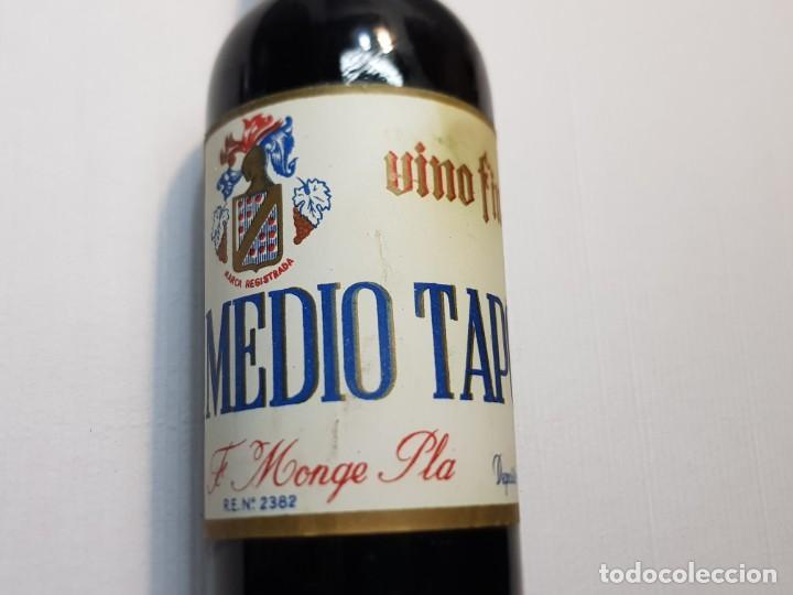 Coleccionismo de vinos y licores: Botella Vino Fino Medio Tapon Alicante nunca vista Vacia - Foto 4 - 219126178