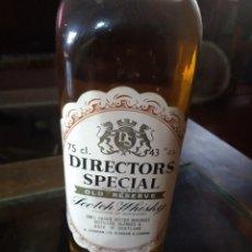 Coleccionismo de vinos y licores: ANTIGUA BOTELLA WHISKY DIRECTORS SPECIAL OVER 5 YEARS PRECINTADA REF. SOT 14. Lote 220097040
