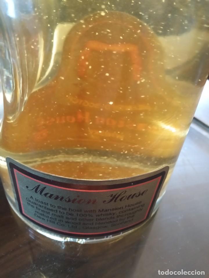 Coleccionismo de vinos y licores: ANTIGUA BOTELLA DE WHISKY MANSION HOUSE BLENDED SCOTCH WHISKY REF SOT 29 - Foto 3 - 220231777