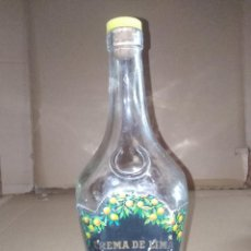 Coleccionismo de vinos y licores: BOTELLA CREMA DE LIMA PEDRO DOMECQ JEREZ CADIZ LEER VER ENVIO. Lote 220860347