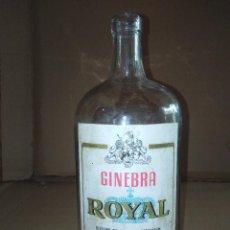 Coleccionismo de vinos y licores: BOTELLA GINEBRA ROYAL CAZALLA DE LA SIERRA SEVILLA LORENZO HERMANOS LEER VER ENVIO. Lote 220863075