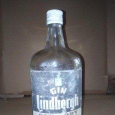 Coleccionismo de vinos y licores: BOTELLA GINEBRA GIN LINDBERGH ESCUDO AZUL VER LEER ENVIO. Lote 220869203