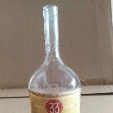 Coleccionismo de vinos y licores: BOTELLA LICOR 33 ANTIGH S.A. BARCELONA LEER VER ENVIO. Lote 220969030
