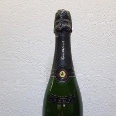 Coleccionismo de vinos y licores: ANTIGUA BOTELLA CAVA CASTELLBLANCH - BRUT. Lote 221415858