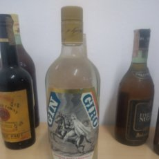 Coleccionismo de vinos y licores: BOTELLA GINEBRA GIN GIRO SIN USO VINTAGE. Lote 222264132