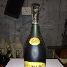 Coleccionismo de vinos y licores: BOTELLA DE BRANDY/COÑAC TOISÓN DE ORO-PRECINTO 4 PTS. Lote 222396775