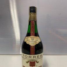 Coleccionismo de vinos y licores: BOTELLA MIGUEL TORRES BRANDY. Lote 222592696