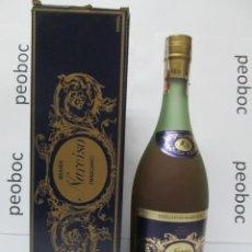 Coleccionismo de vinos y licores: ANTIGUA BOTELLA BRANDY COÑAC, NARCISO MASCARO, IMPUESTO DE 4 PTS, DECADA 60-70. Lote 222913187