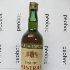 Coleccionismo de vinos y licores: ANTIGUA ETIQUETA BRANDY COÑAC, MISTRAL V.S.O.P. IMPUESTO DE 4 PTS, DECADA 60-70. Lote 222915307