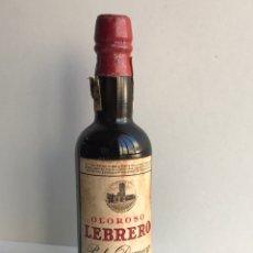 Coleccionismo de vinos y licores: ENVIÓ 8€. MINIATURA OLOROSO LEBRERO PEDRO DOMECQ, ANOS 70 SIN ABRIR EL LACRE. MIDE 12,5CM. Lote 224839521