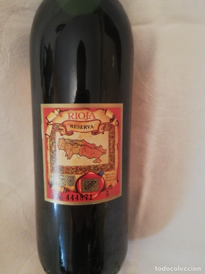 Coleccionismo de vinos y licores: BOTELLA DE VINO BODEGAS LOPEZ AGOS Y CIA FUENMAYOR (LA RIOJA)-1975-RESERVA - Foto 4 - 226490530